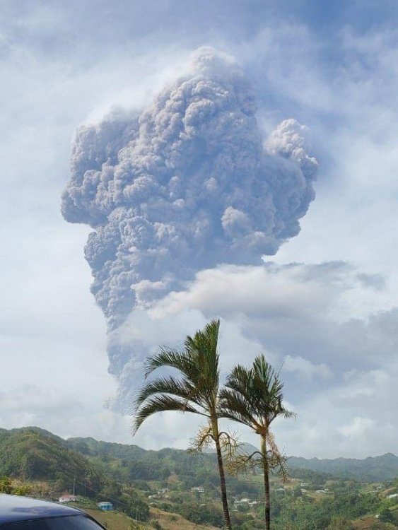 2nd significant explosion, after noon.jpg