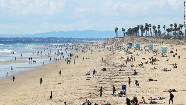 packed california beaches.jpg