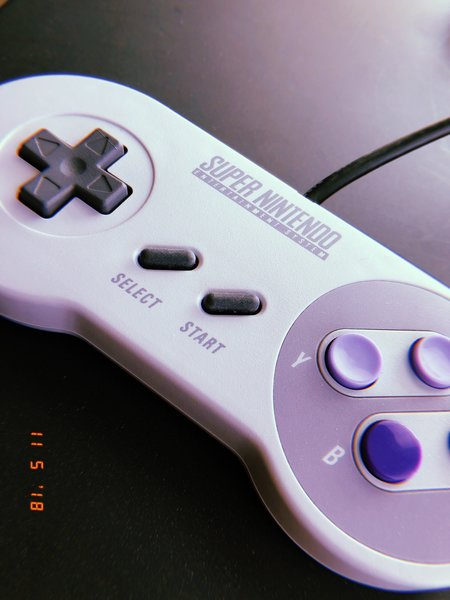 Super Nintendo Entertainment System Controller (1991)