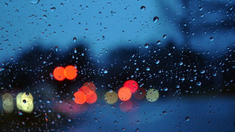 bokeh-glass-rain-water-drops-wallpaper-4790.jpg