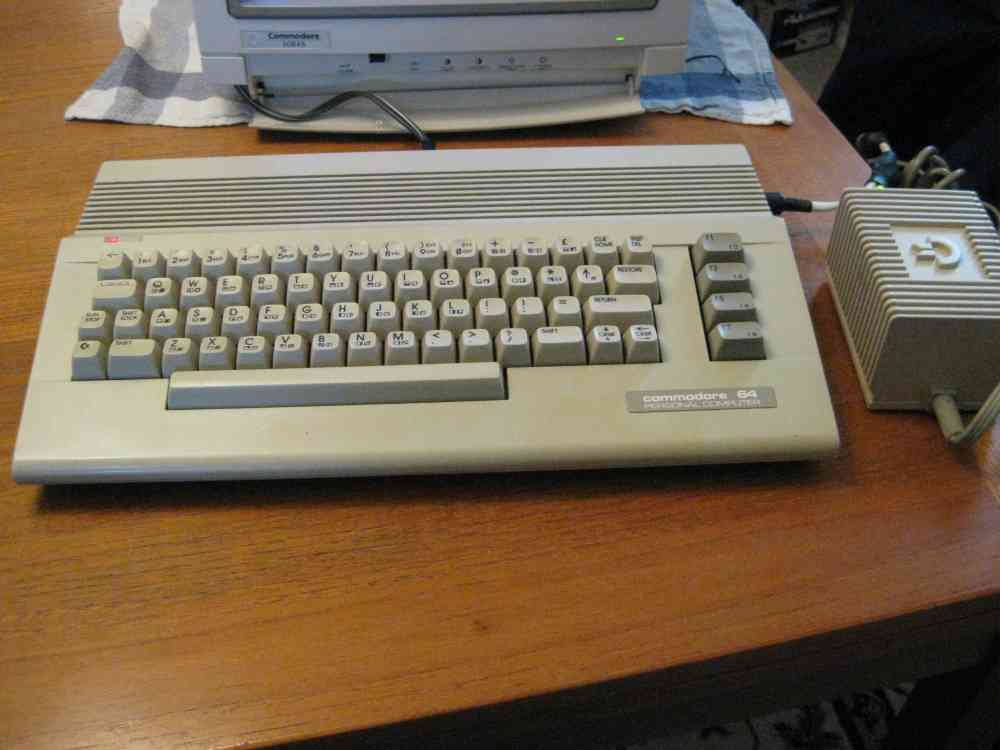 Commodore 64c 001.JPG