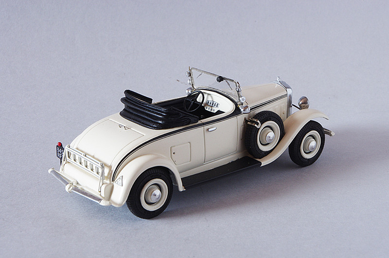 Toutes les mini-Citroën que j'aime - Page 10 Citroenc6daninosforum4.JPG.074da4005b386e00c8cf8377bbc46629
