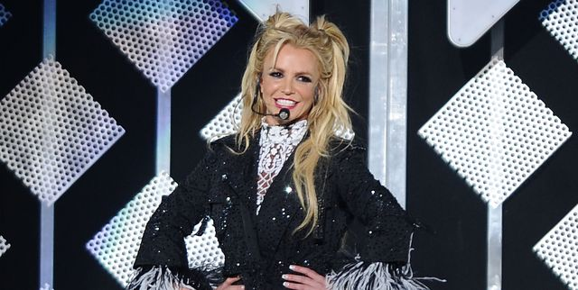 britney-spears-performs-at-102-7-kiis-fms-jingle-ball-2016-news-photo-1576947422.jpg.7e922173f9e0798cbc1af634f194969a.jpg