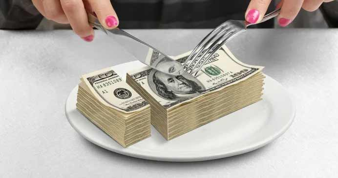 money-food.jpg.545a5d1d0ea3f0adee2279b1d3daa9a4.jpg