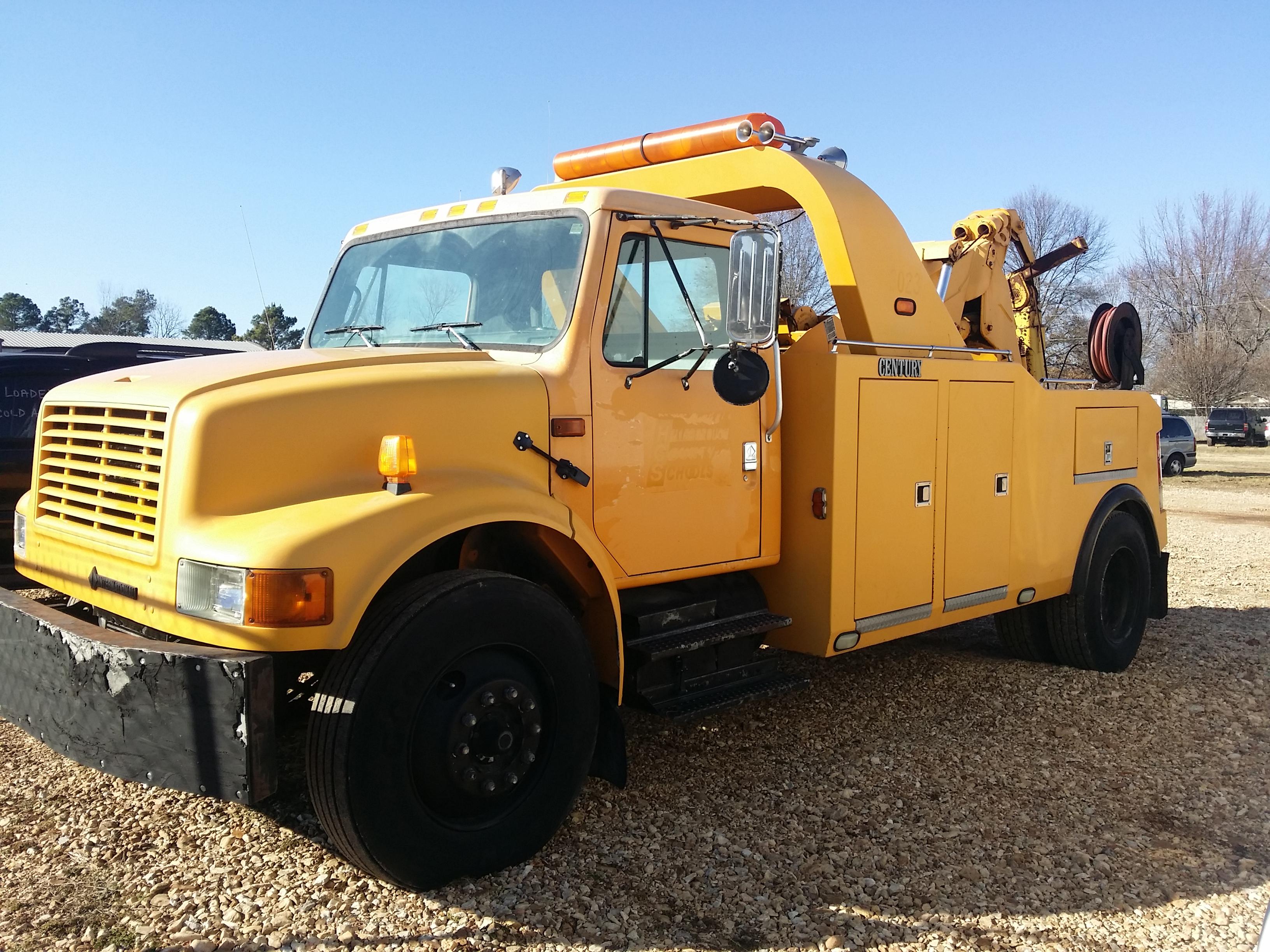 1995 International 4900 Century 4024 20 ton wrecker - Equipment ...