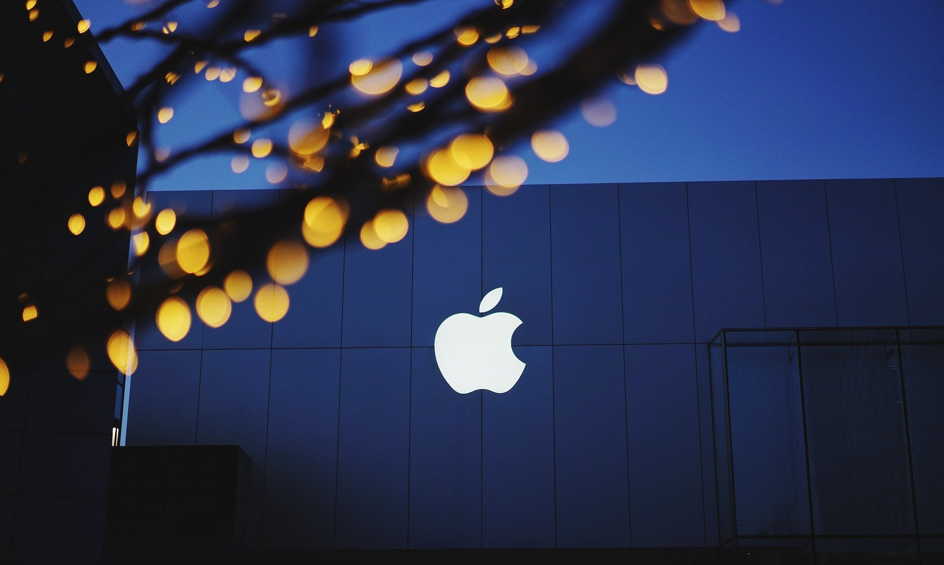 Apple Announcement to take place in Brooklyn today - EMEA Brief 30 Oct