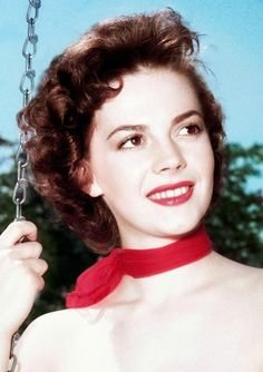 354c8715d2b2ab81bb7e890a20f94837--natalie-wood-rebel.jpg