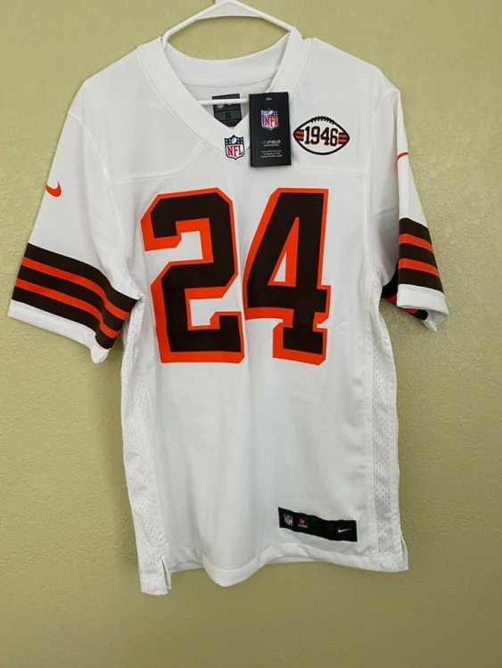 browns 2021 alternate jersey.jpg