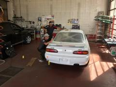 Crystal Glass putting in the windshield and lexan