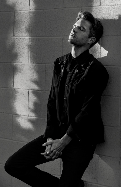 Brandon Flowers.png