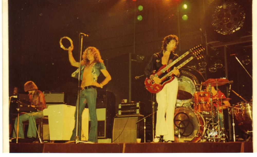 Zeppelin -Chicago Stadium '73.jpg