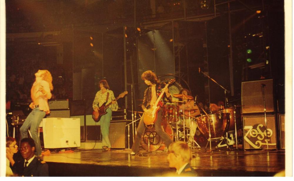 Zeppelin -Chicago Stadium '73 002.jpg