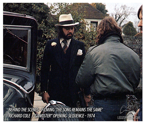 1974-opening-sequence-behind-the-scene_rc1.jpg