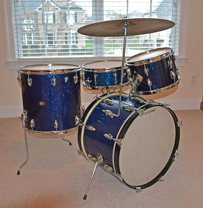 Slingerland-4pc-1964-blue-spkl-jpg_opt.jpg