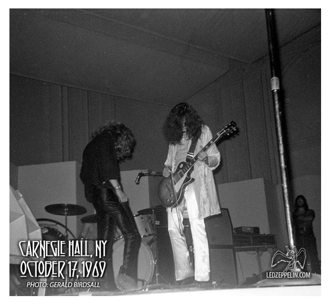 CARNEGIE HALL, NY 10-17-69 - Never Before Seen Fan Photos! First use of Black Beauty Les Paul