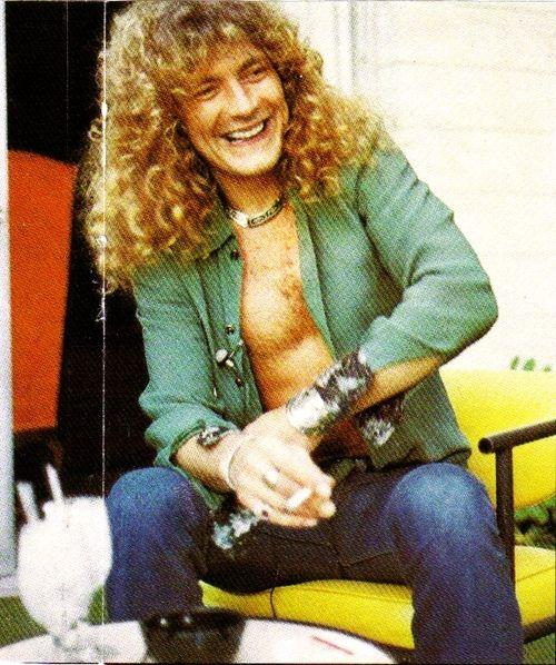robert plant hit parader mag 1976 interview (2).jpg