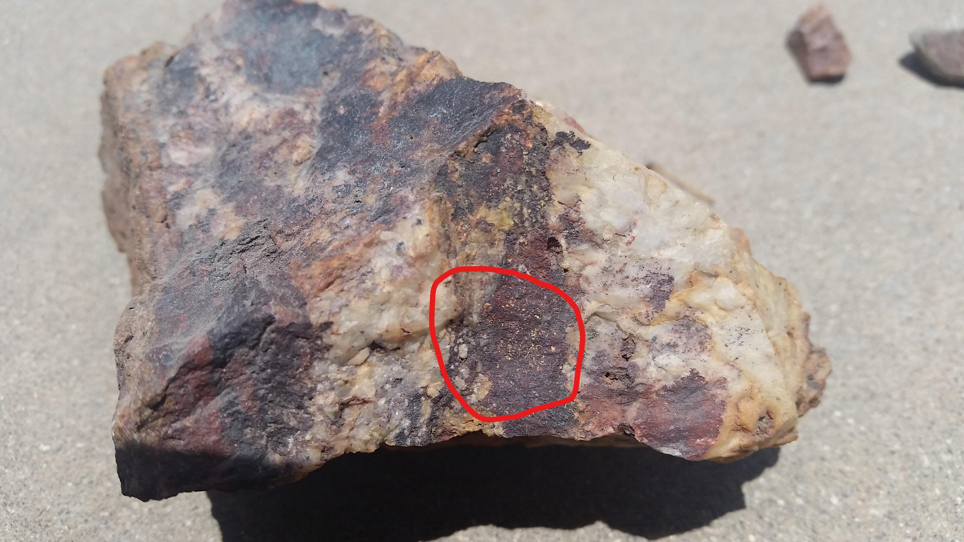 hematite in gold