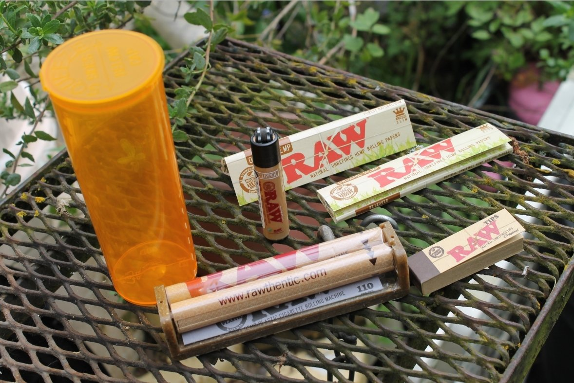 Rolling Paper Depot & OMMP-PIF Giveaway @ShopRPD