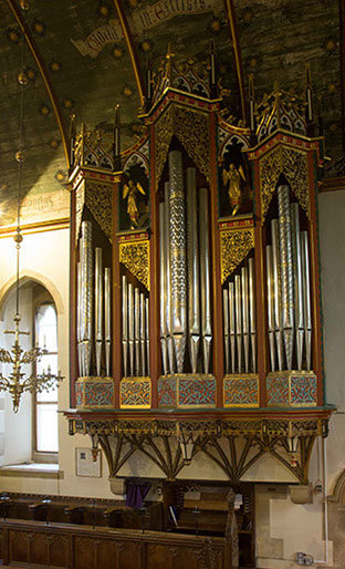 st-george-s-organ-from-lady-chapel-crop-u752.jpg
