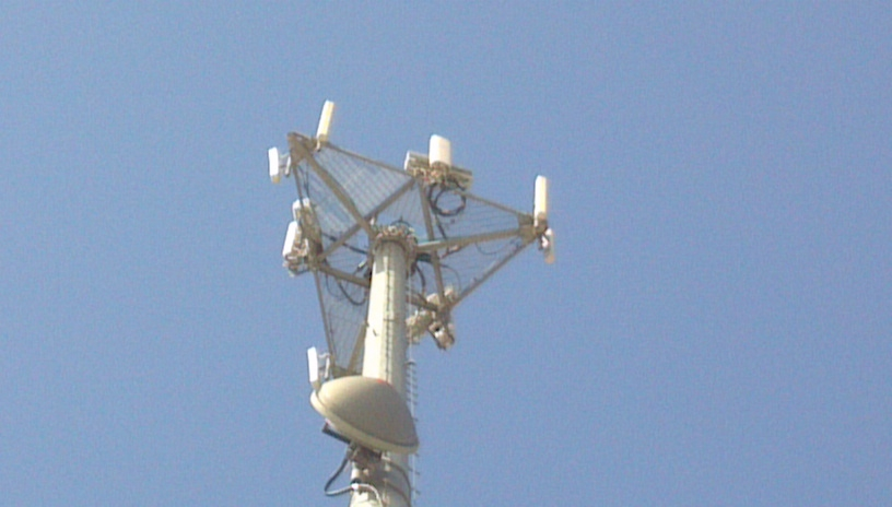 Marengo, IL NV Site Photo - Zoom in of Antennas and RRU's a little farther out