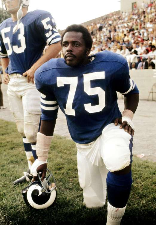 nfl_deacon_jones_04.jpg