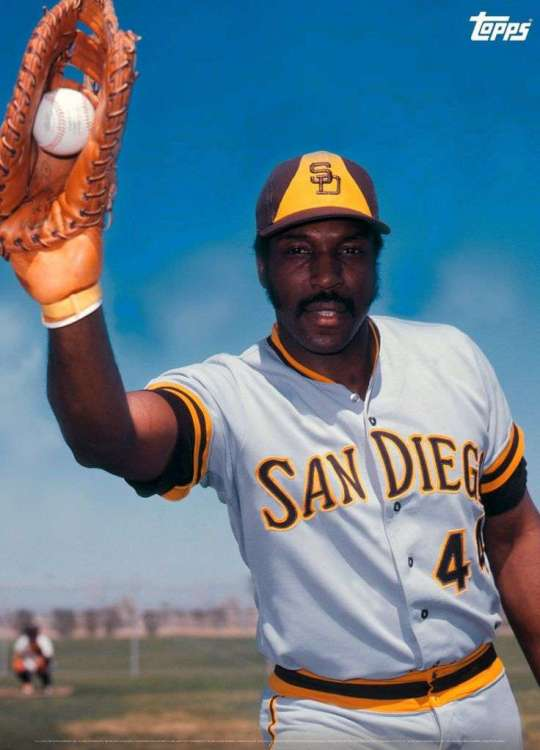Willie McCovey Padres.jpg