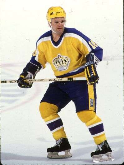Los-Angeles-Kings-Throwback-Retro-Yellow-Jersey-1980-88.jpg_cf.jpg.83d23728f4eb5c04aed28360f0ffccd4.jpg