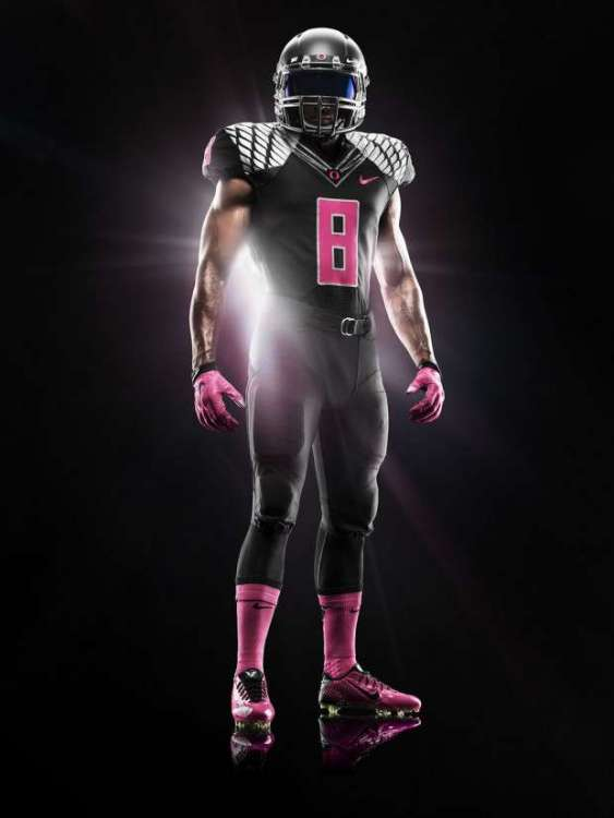 oregon-ducks-2014-pink-black-nike-uniform-620x827.jpg