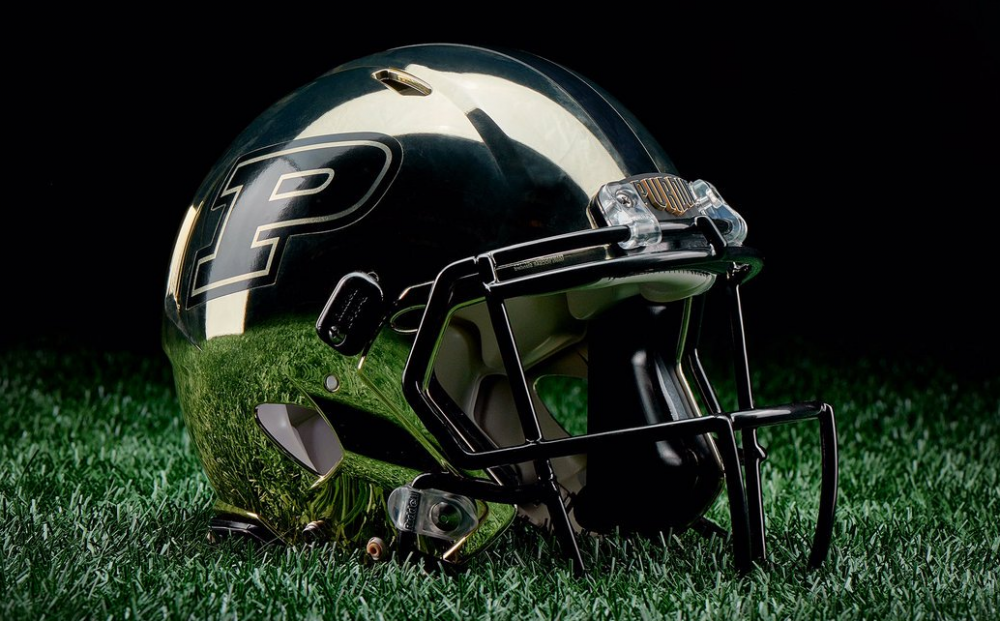Purdue Chrome Helemt.PNG