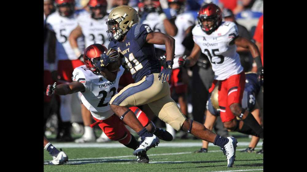 cgnews-navy-vs-cincinnati-football-20170922-015.jpg