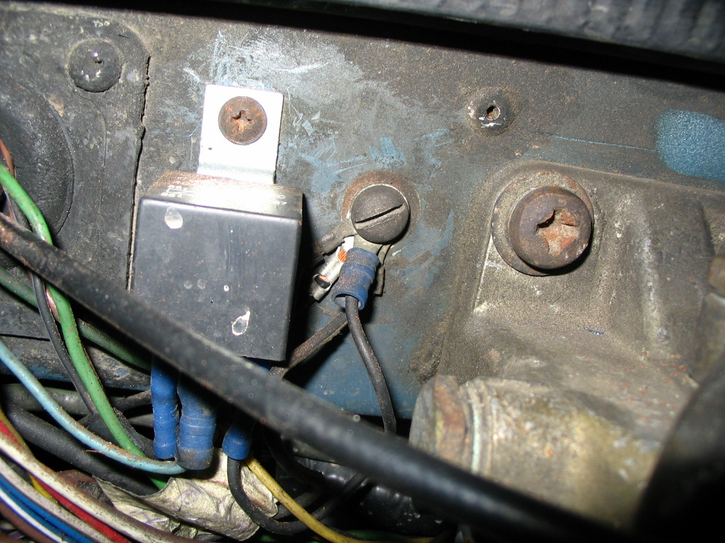 Need Step By To Wiring Spotlights Defender Forum Lr4x4 Relay Location Battery 2004 Land Rover Post 20 1183149820 Thumb