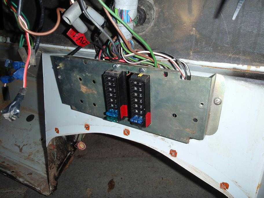 Land Rover 90 Fuse Box Upgrade - Wiring Diagram Work on
