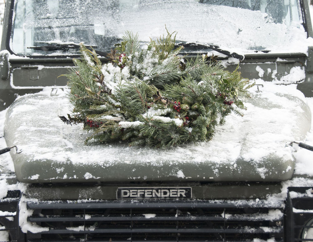 Defender Christmas Photo.jpg