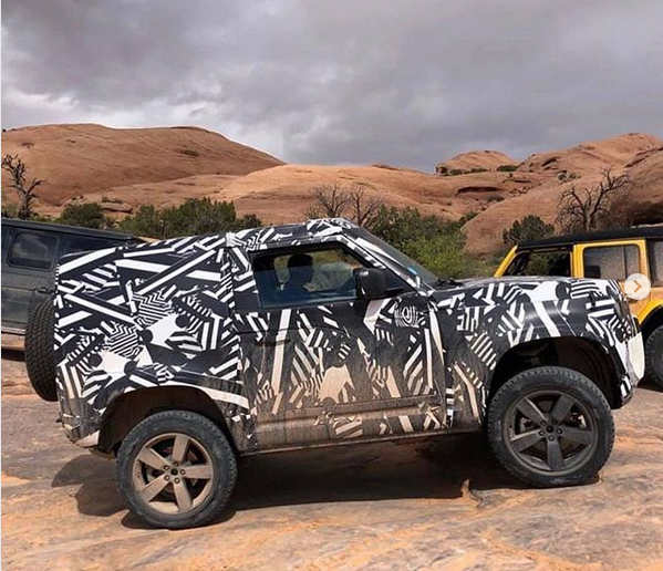 "2019-04-14 20_34_53-@land_rover_monthly on Instagram_ ""New Defender on test in the USA. The Jeep dri.png"