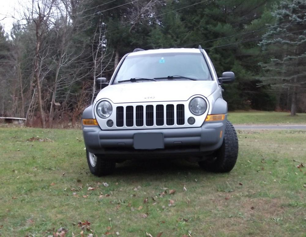 2005JeepLiberty_001A.jpg