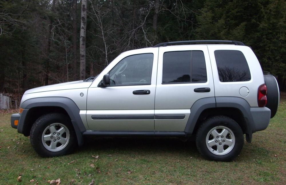 2005JeepLiberty_002.jpg