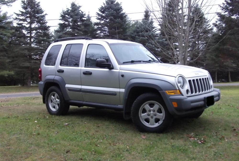 2005JeepLiberty_003B.jpg
