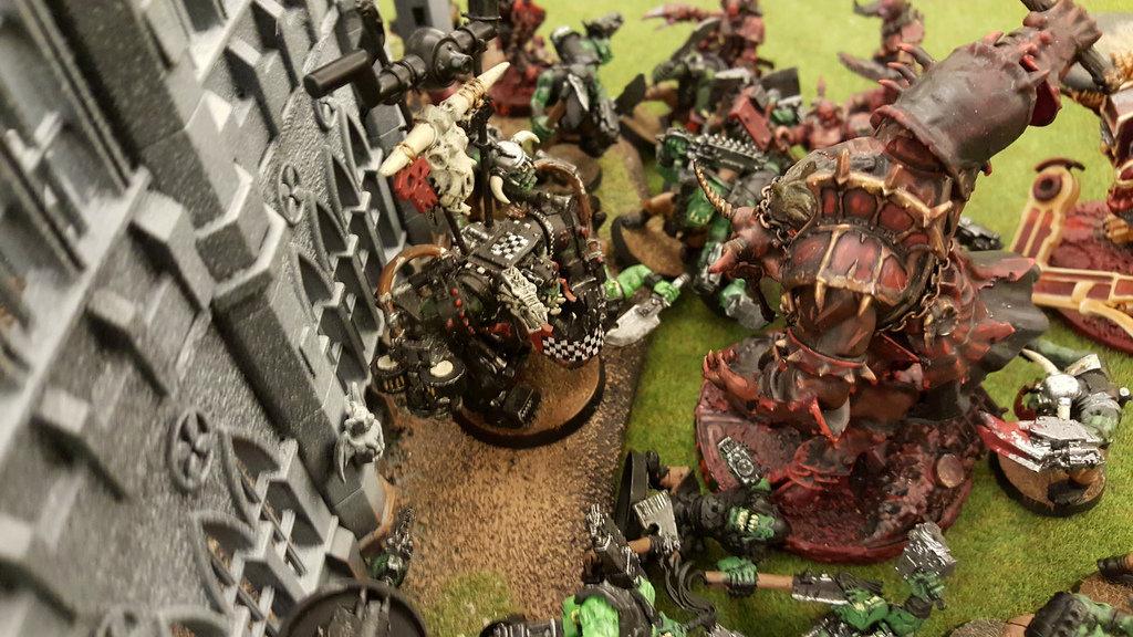Orks Smash Azrath.jpg