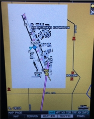 04_ADS-B_IN_Traffic_from_Garmin_GDL-39R_Displayed_on_Garmin_696.jpg