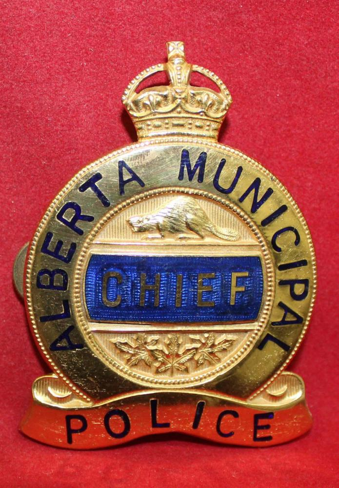 CA-AB Alberta Municipal Police Chief Badge.JPG