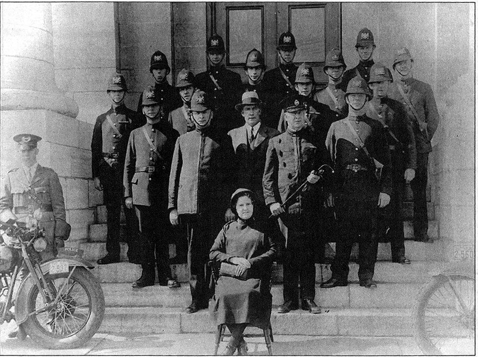 Kingston Police 1930.jpg