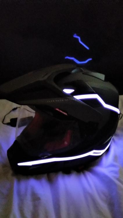 helmet lights (3).jpg