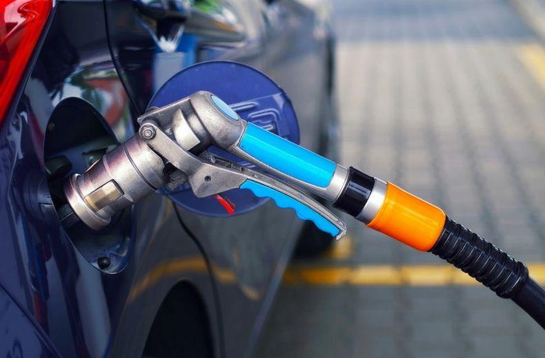 Is it good to use LPG in car ? what are the Advantages and Disadvantages of using LPG in Car?