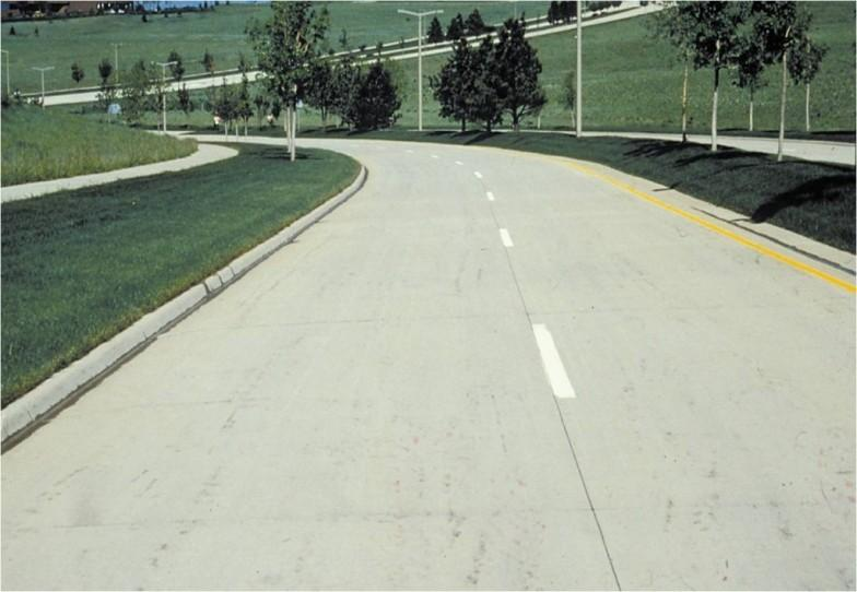 WHAT ARE THE ADVANTAGES AND DISADVANTAGES OF CEMENT CONCRETE ROADS