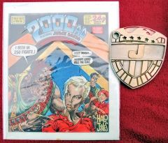 2000AD-Ballad-of-Halo-Jones-Complete-Set--37.jpg