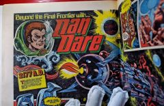 2000AD-prog-1-middler-1st-new-Dan-Dare-1977.jpg