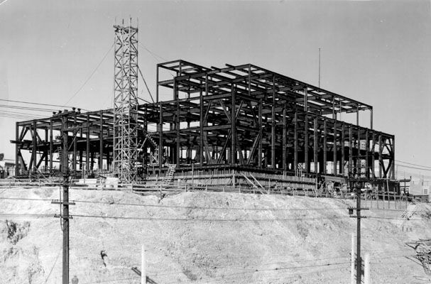 Construction Of U. S. Mint Building At Market, Buchanan And Duboce_1935.jpg