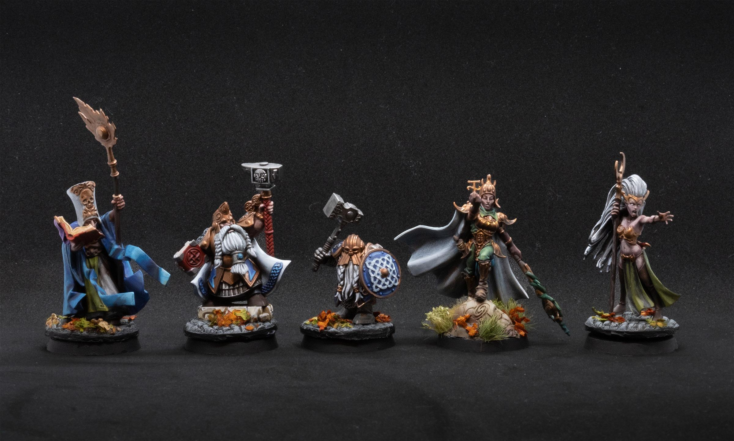 Some more finished characters and the first finished unit!