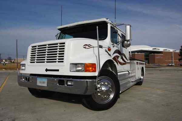 international 4700 lp stalick conversion rv hauler truck. Black Bedroom Furniture Sets. Home Design Ideas