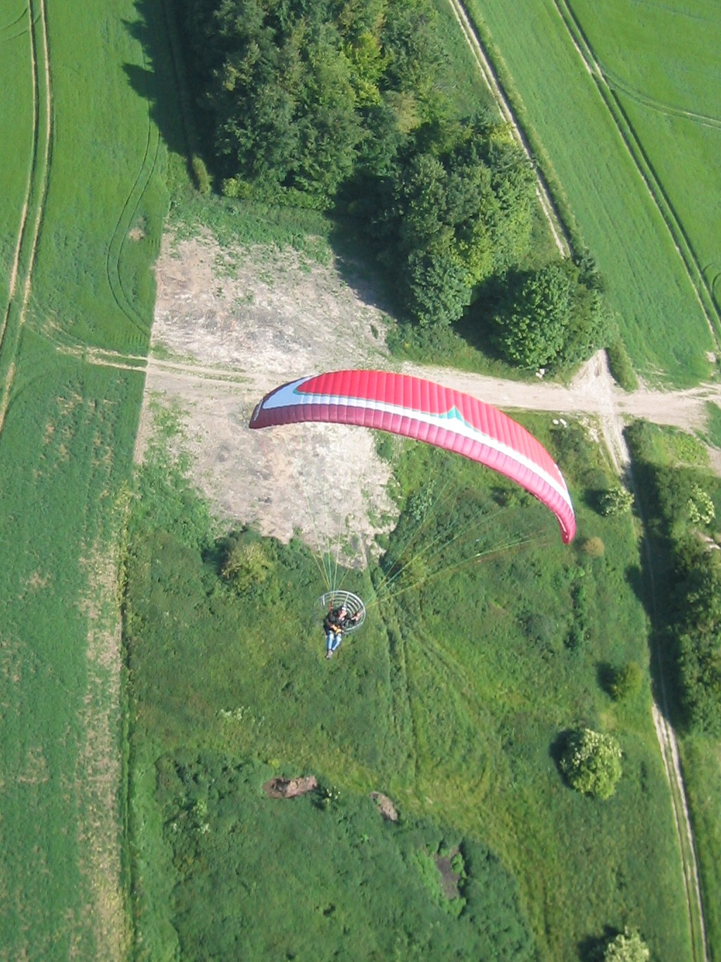 Fresh Breeze J bar arrangement - Paramotors  - www Paramotorclub org